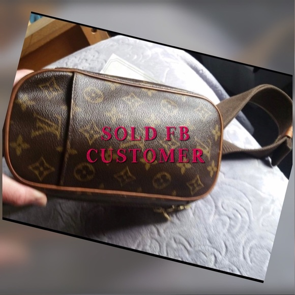 Louis Vuitton Handbags - LOUIS VUITTON GANGE VERY GOOD CONDITION CA0033